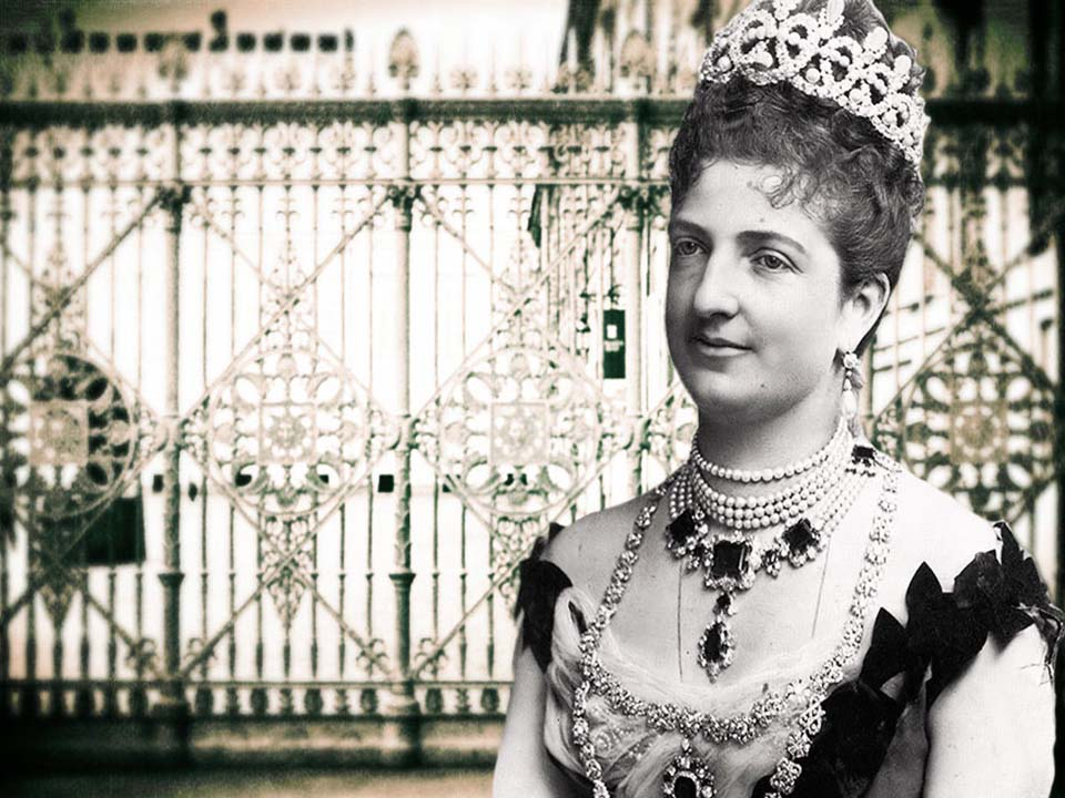 First Italian Queen, Margherita of Savoy, very well known for her sumptuous elegance